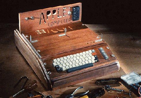 La primera computadora Apple, los primeros 30 años de Apple, un poco de su historia y las keynotes de Steve Jobs 3