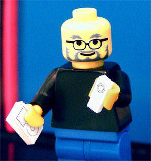 Steve Jobs creado con piezas de Lego 2