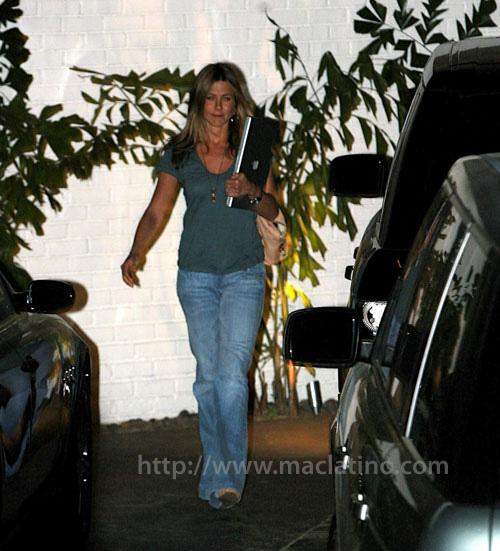 Jennifer Aniston es usuaria Mac 3