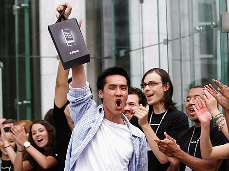 Walt Mossberg habla del iPhone 4 después de 6 semanas utilizándolo 3