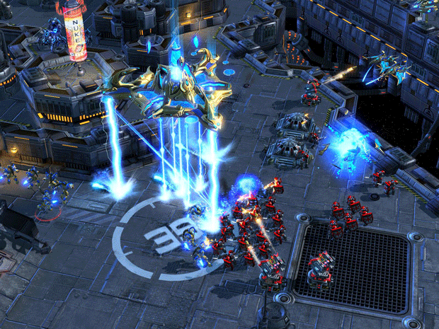 StarCraft II: Heart of the Swarm, llegaria en el 2012 8