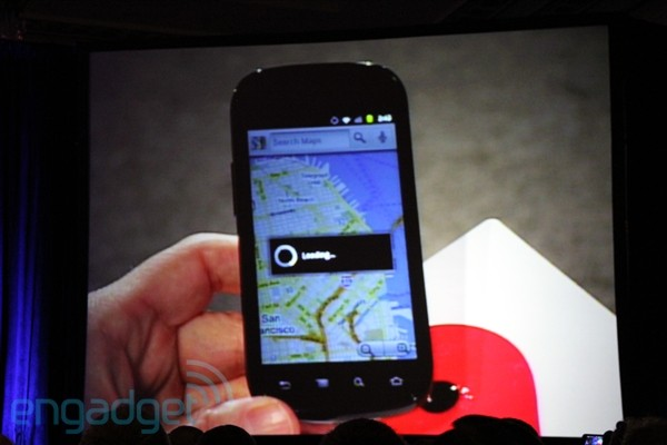 CEO de Google muestra el Nexus S en conferencia Web 2.0 4