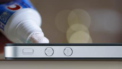 Como cambiar el logotipo del operador movistar en el iPhone 2.1 sin hacer el jailbreak 3
