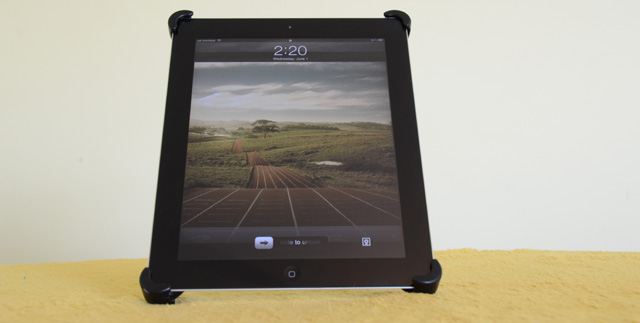 Soporte de acero ajustable para iPad  5