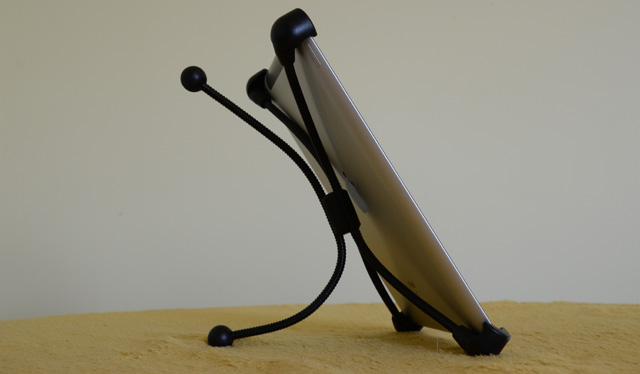 Soporte de acero ajustable para iPad  6