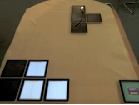 Jugando tetris con 18 iPads