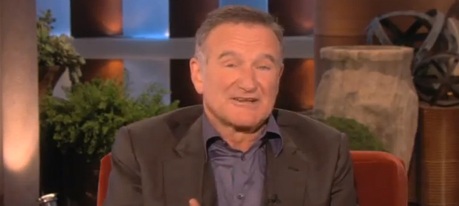 Robin Williams sobre Siri del iPhone 4S