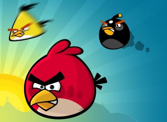 Angry Birds cumple 2 años y ellos traen los regalos 6