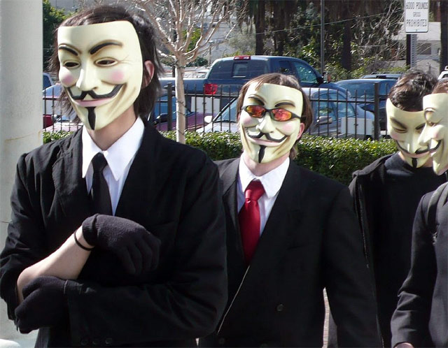 Anonymous comienza ataques a Universal Music y al Departamento de Justicia por cierre de Megaupload 1