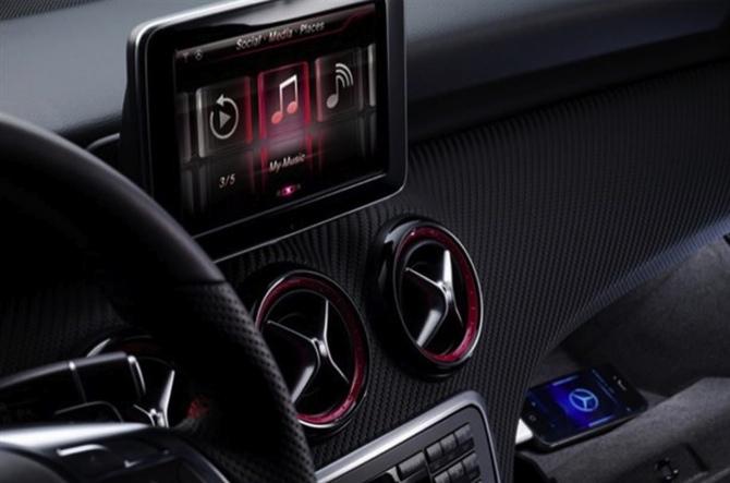 Los autos de la Clase A de Mercedes Benz comenzarán a utilizar Siri como navegador y asistente de voz 2